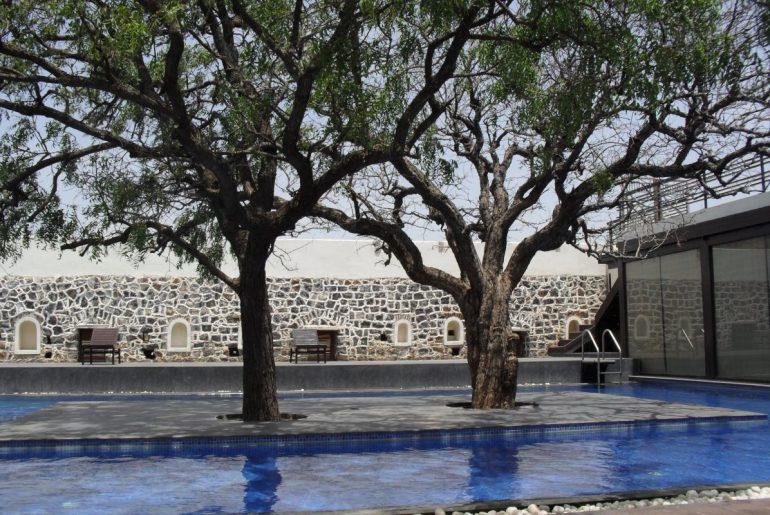 fort_jadhavgadh_swimming_pool