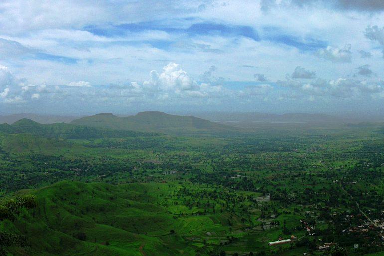 pune-india-devi-monsoon-bhatghar-dam-sahyadri-bhor-nature-monsoon-getaway