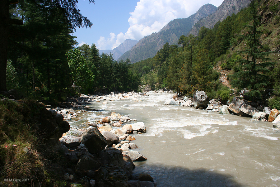 Parvati River, Kasol. Picture courtesy: Wikipedia