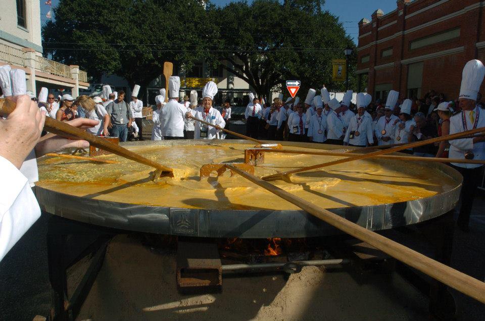 giant-omellete