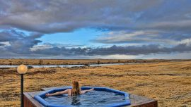 Ranga Iceland: Hot tub overlooking the Northern Lights