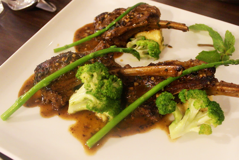 Grilled Imported New Zealand Lamb Chops with Garlic