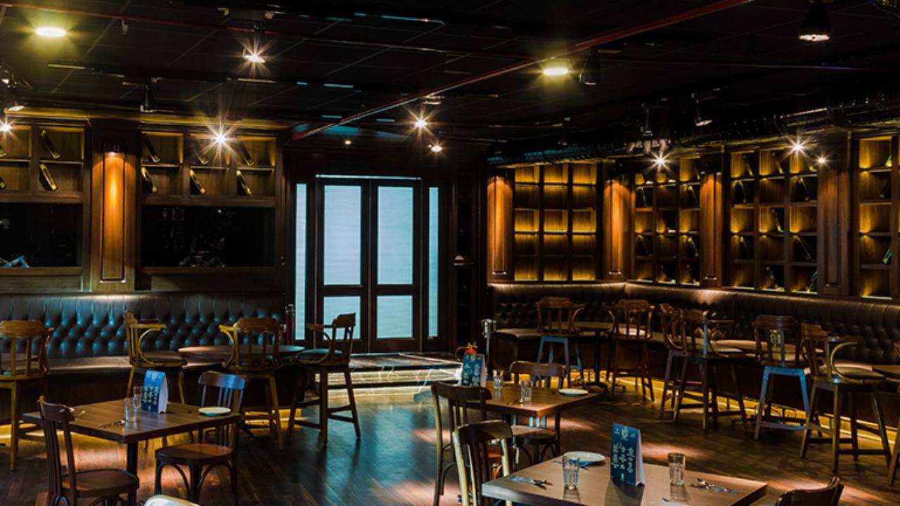 Sizzle At Bkc S Newest Restaurant Burn Kitchen And Malt Room