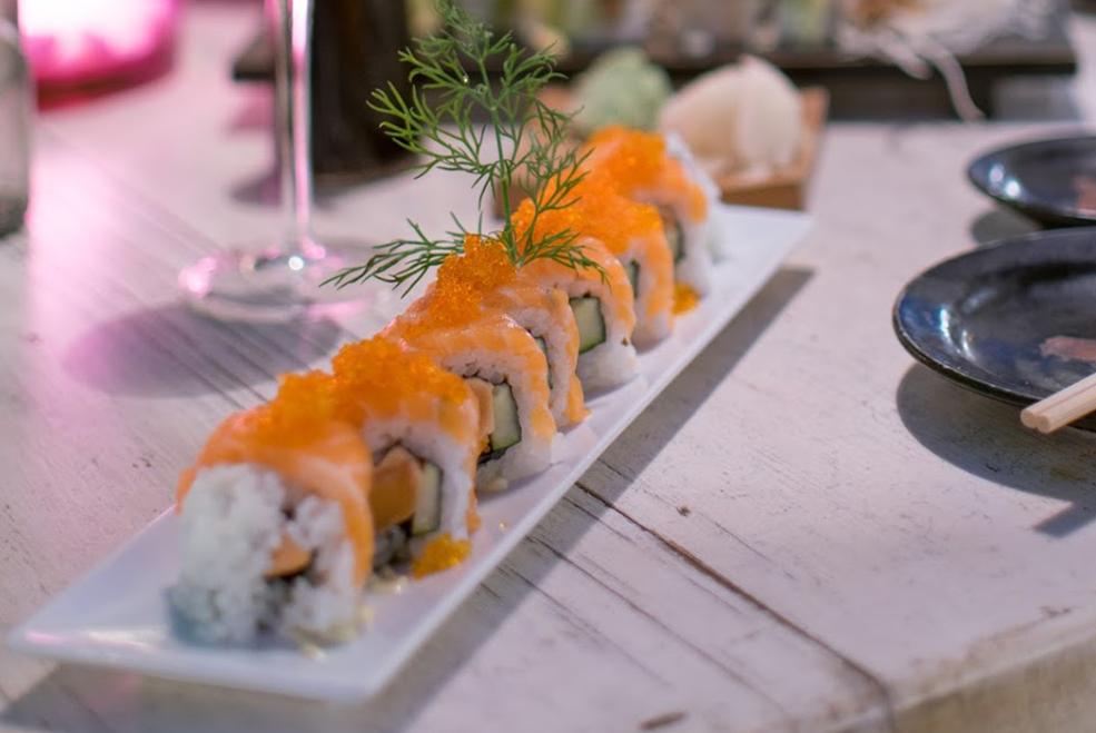 Nagai: California Caviar Roll