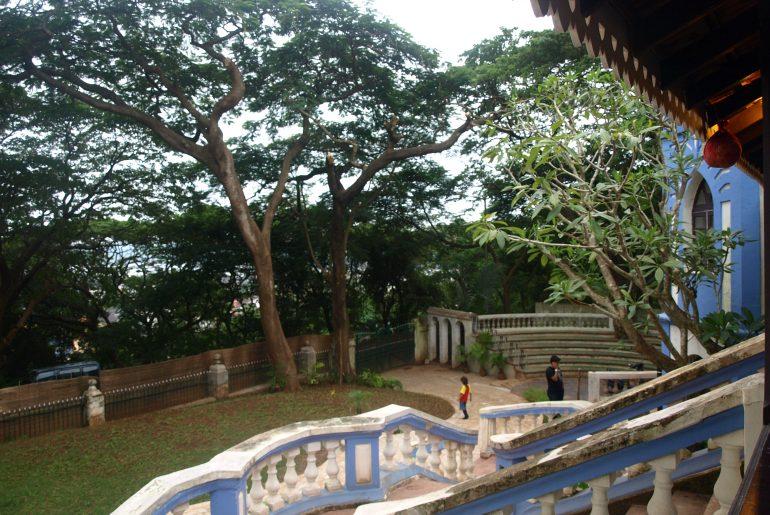 sunaparanta porch
