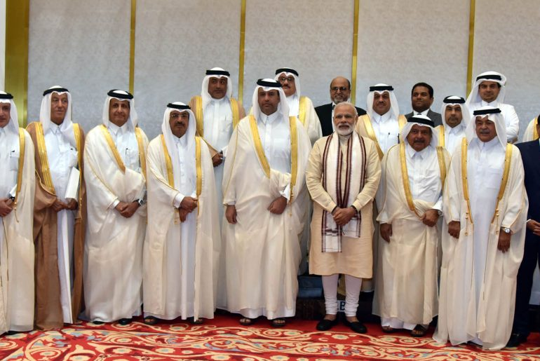 The Prime Minister, Shri Narendra Modi with the Business Leaders, at Doha, Qatar on June 05, 2016.