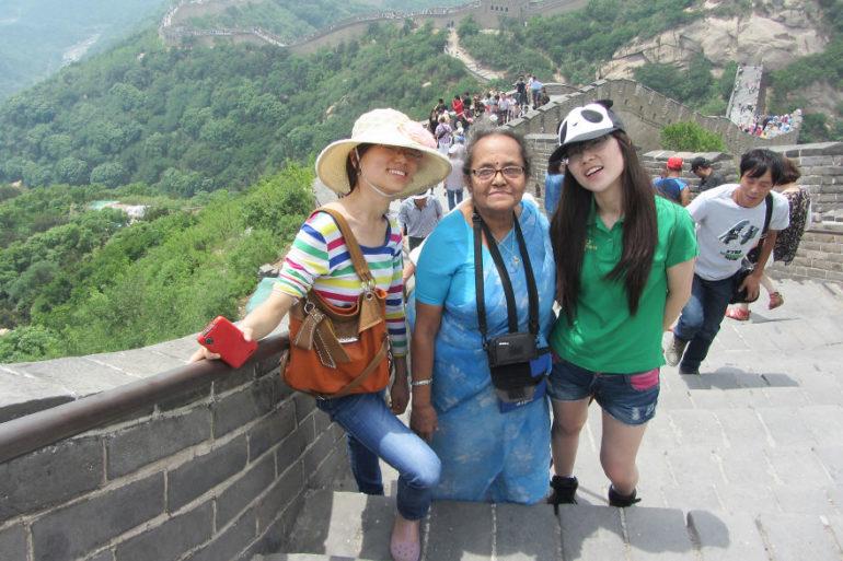 great_wall_of_china_aunty