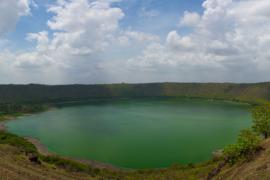 Lonar-Lake-CurlyTales
