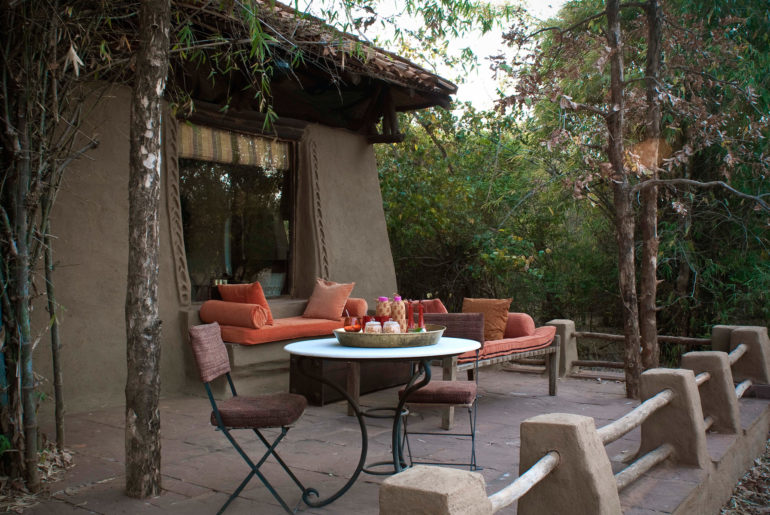 Mahua_Kothi_Jungle_Lodge_Outdoor