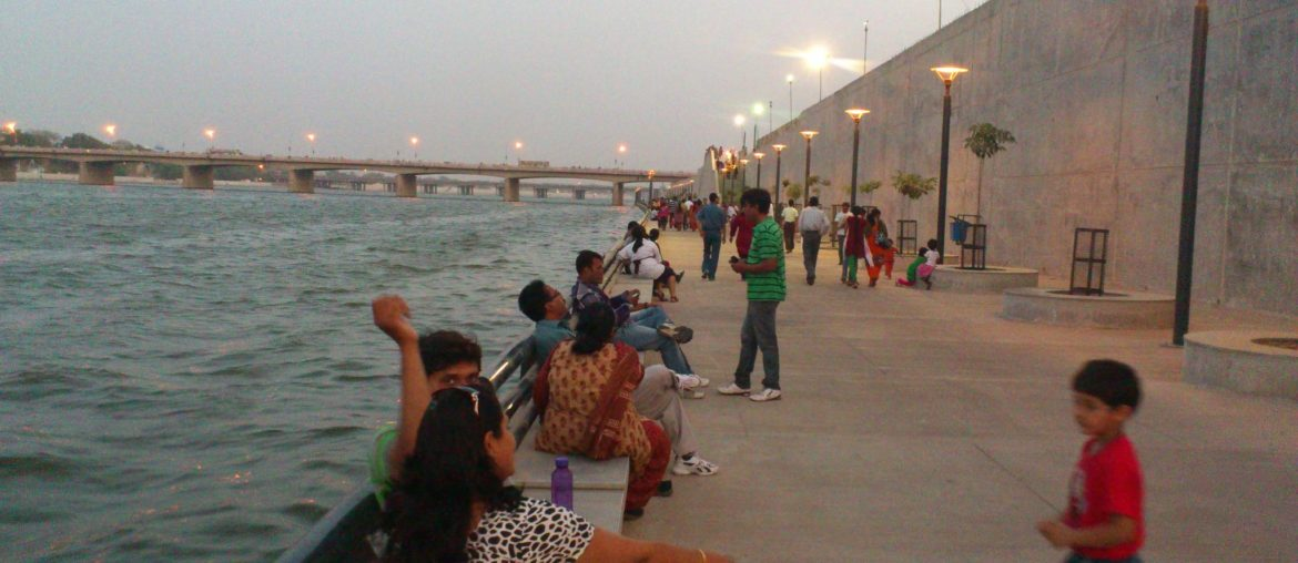 View_of_Sabarmati_Riverfront