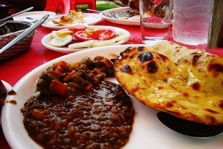 7 Highway Dhabas Across The Country That Should Be On Your Road Trip's Bucket List