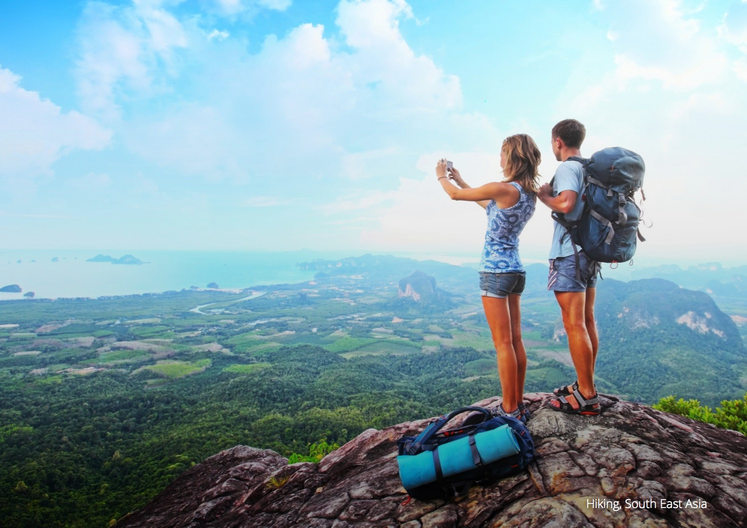 How to find a female travel companion