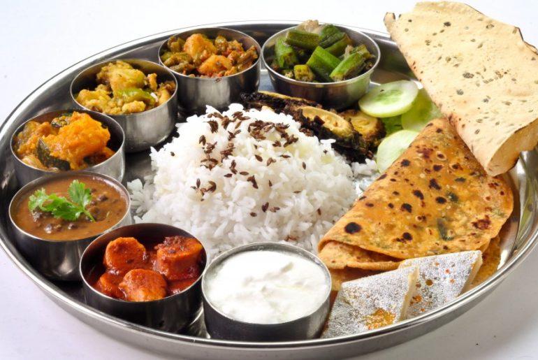 5 Thali Varieties In Mumbai You Must Try!