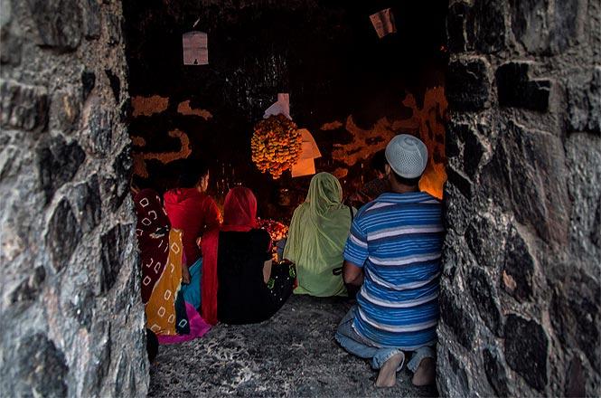 Feroz Shah_Kotla_Fort_haunted
