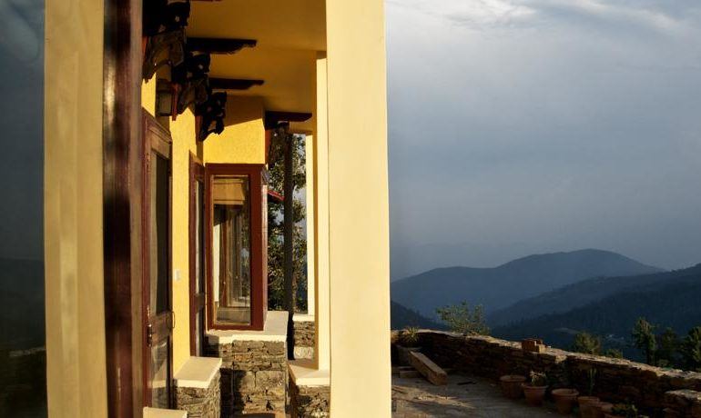 Curly_Tales_Tranquility_In_The_Himalayas
