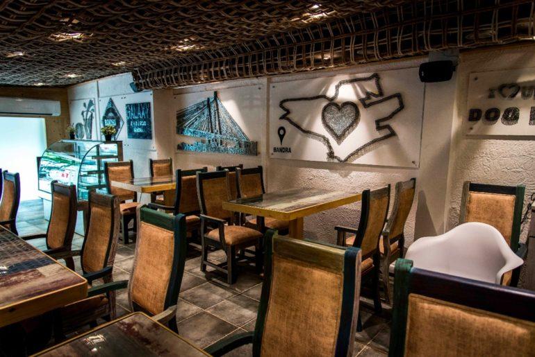 Café_Bandra_dining area