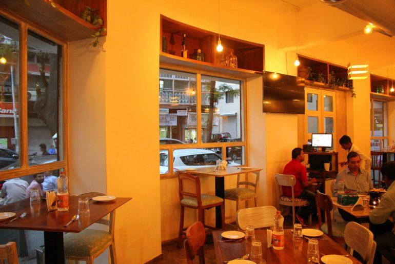 Fort 001 Cafe