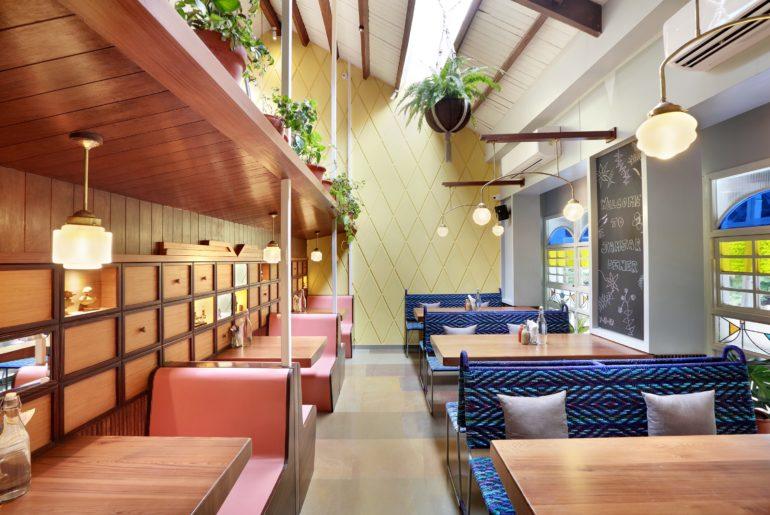 Jamjar Diner, Bandra (Interior Image) 03