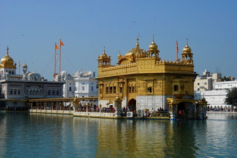 Curly_Tales_Golden_Temple