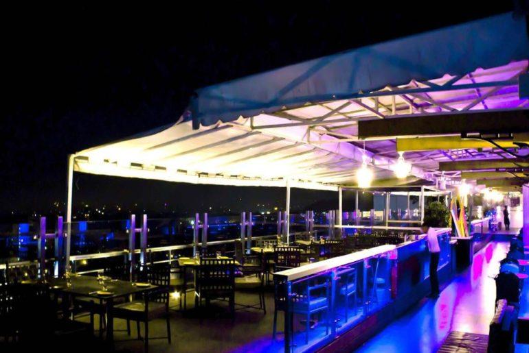 Curly_Tales_Rakshanbandhan_Rooftop_Restaurant