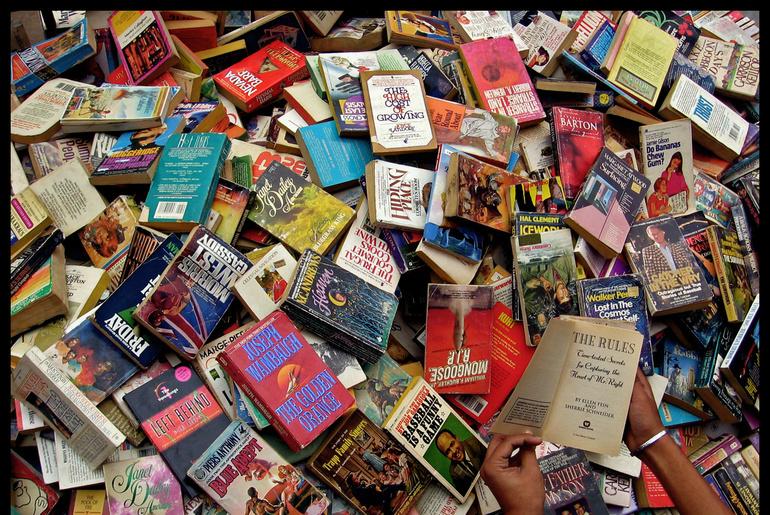 Image result for daryaganj book market