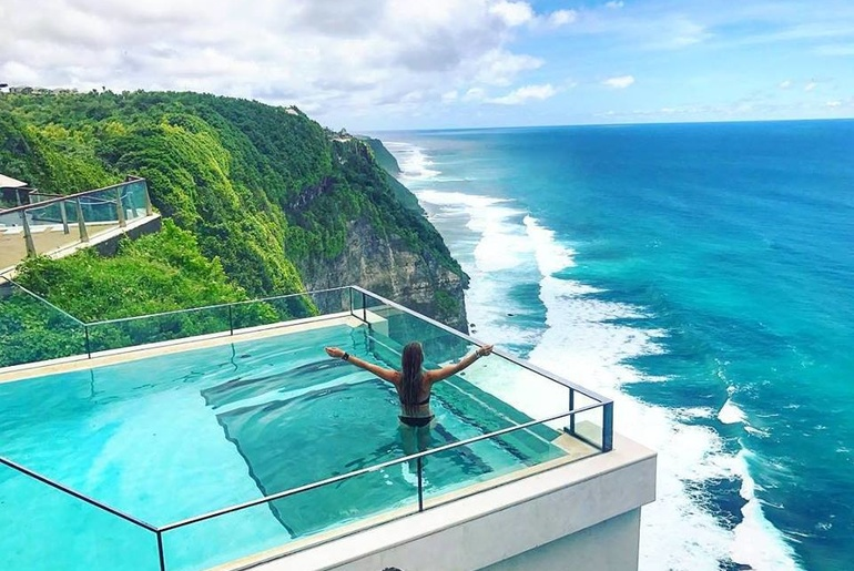 experience beach life 500ft above the indian ocean at this infinity pool in bali infinity pool bali98 pool