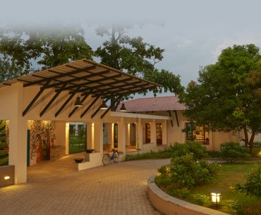 Unwind At This Luxurious Wildlife Stay At The Jungle Of Kanha In Madhya Pradesh