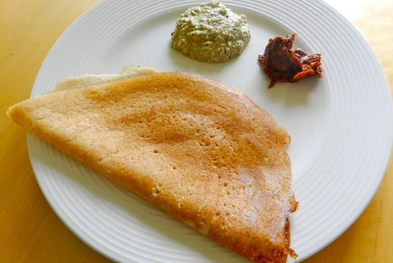 This Iconic South Indian Restaurant From Pre-Independence Era Still Serves Dosas Under ₹50 Only