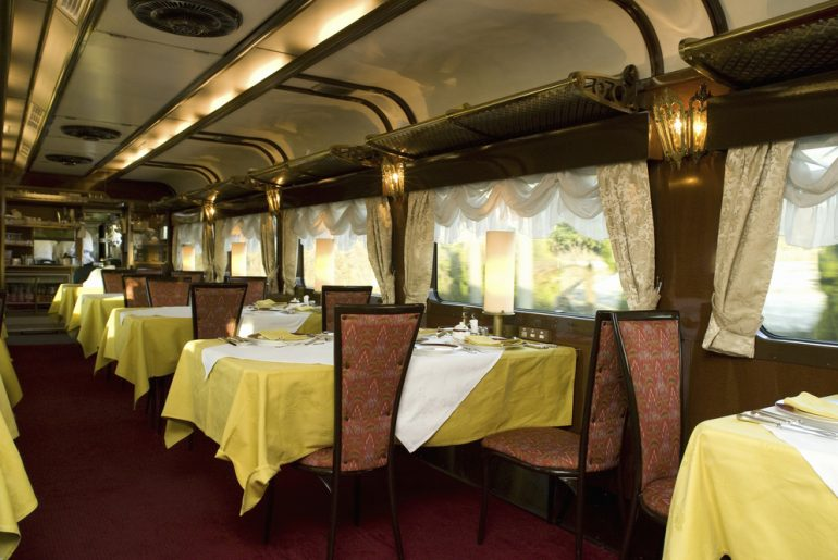 Now You Can Dine In A Tramcar In Kolkata