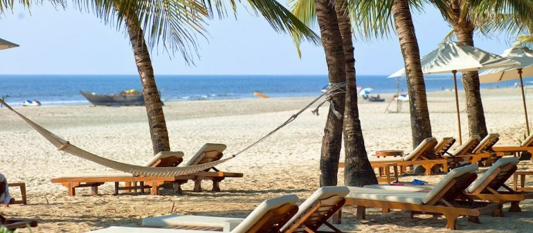 A Backpackers Guide To Goa | Curly Tales