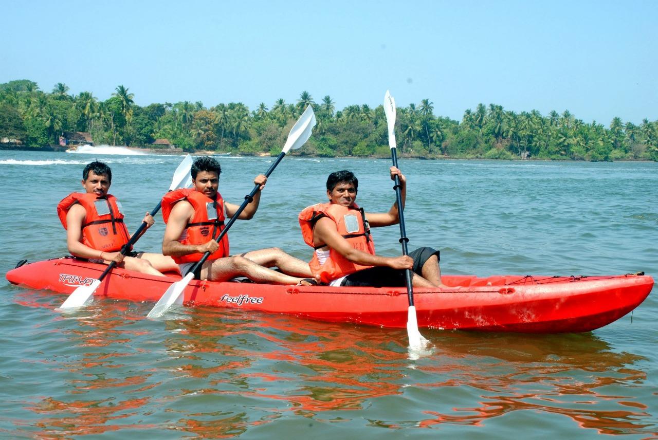 Kayaking at Tsunami Island