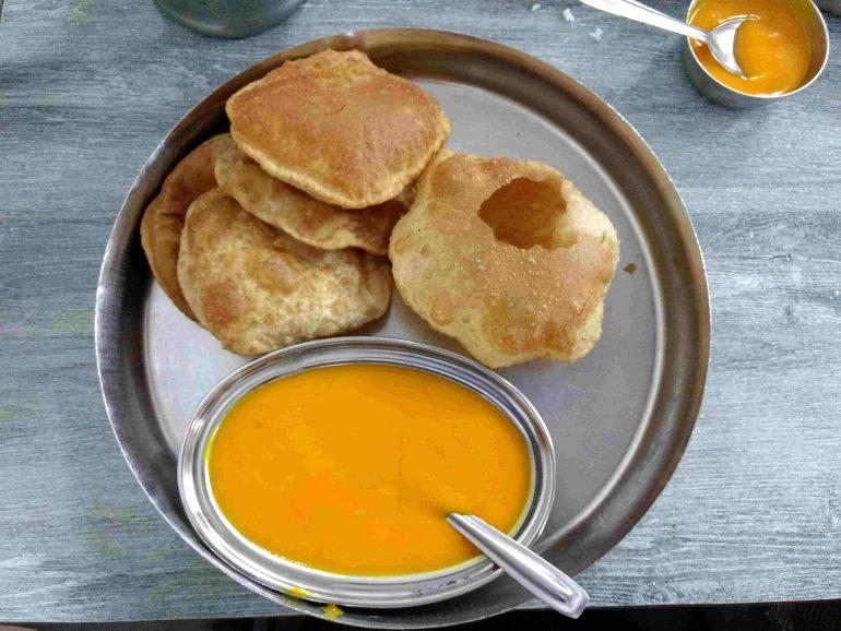 Gujarati Food at Pancham Pooriwala