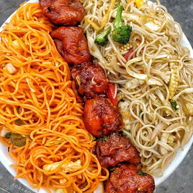 Check Out This Ultimate Chinese Platter At Khanna Tandoori Junction, Delhi