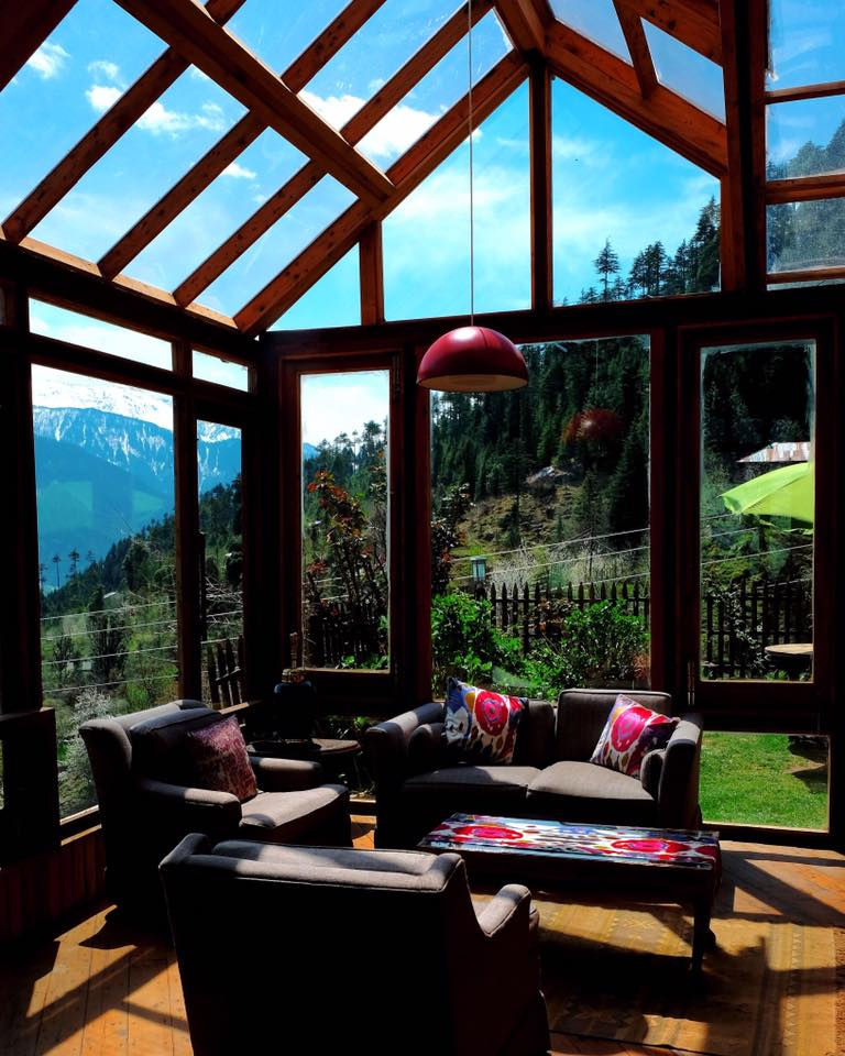 Taara House In Manali Offers A Breathtaking View Of The Himalayas