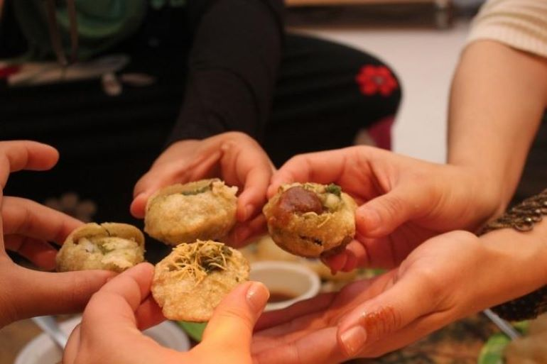 SJE Panipuri In Indore Gives Away Unlimited Pani Puri For Just Rs 21