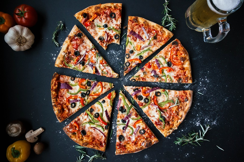 Domino's Pizza Fined ₹25,622 After A Customer Found Metal Nut That Broke His Teeth