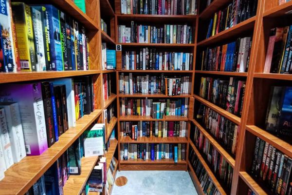 House of Prose bookstore in dubai