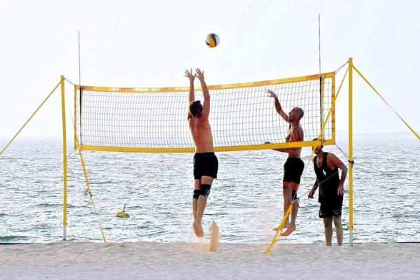 Volleyball at Kite Beach