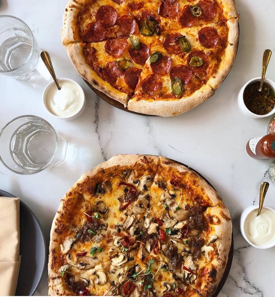 best pizza places in bangalore, pizza bakery