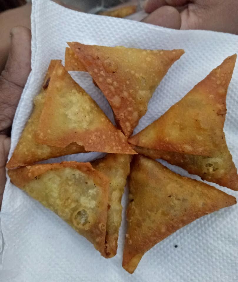 best samosa places in bangalore, albert bakery