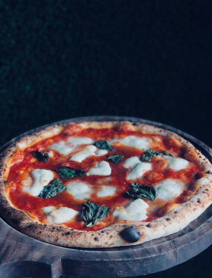 best pizza places in bangalore, flames pizza