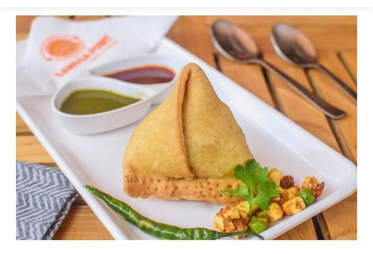 best samosa places in bangalore, samosa point