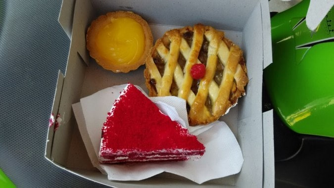 best bakeries in bangalore, thom's bakery