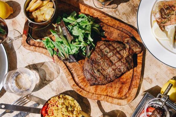 Taverna Greek Restaurant in Dubai