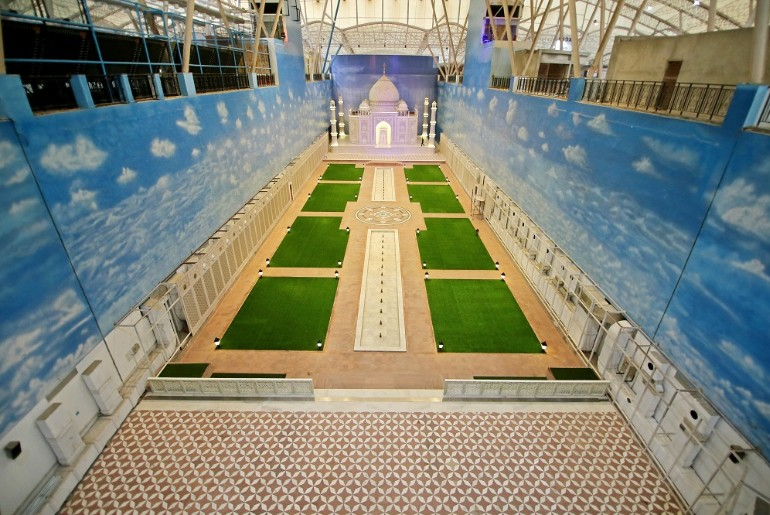 There Is A Connaught Place In Gr Noida That Has A Replica Of Taj Mahal Too! Been There Yet?