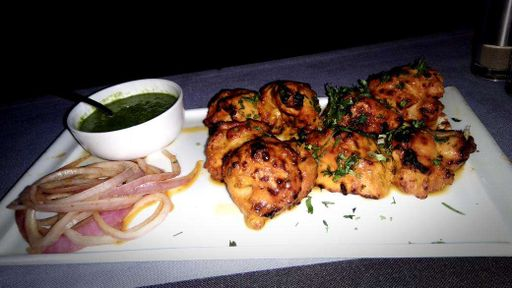 best tandoori chicken places in pune, falak on the roof