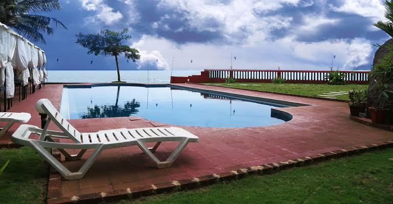 Luxury Resorts New Year's Getaways From Bangalore, mascot resort