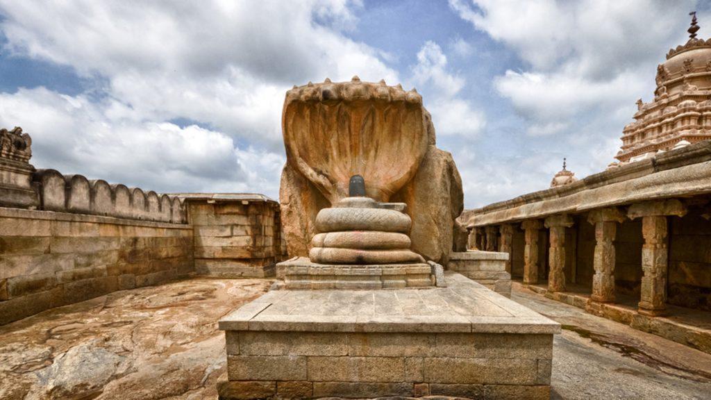 most unique places in india, sri veerabhadra temple