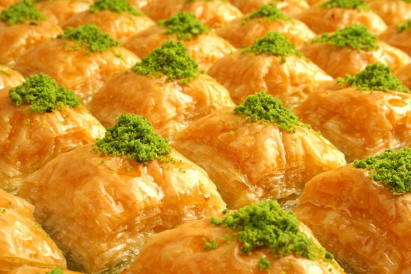 Best arabic desserts in Dubai