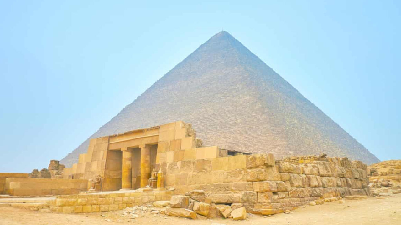 The 5000 Year Old Tomb Of Queen Meresankh Iii In Egypt Is Now Offering A Free Virtual Tour Curly Tales